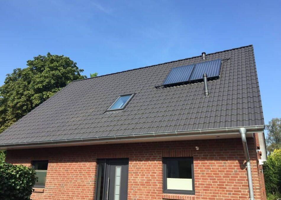 dachfenster von außen in grau