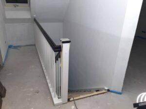 Treppengeländer frisch montiert