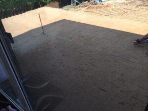 Boden für die Terrasse vorbereitet