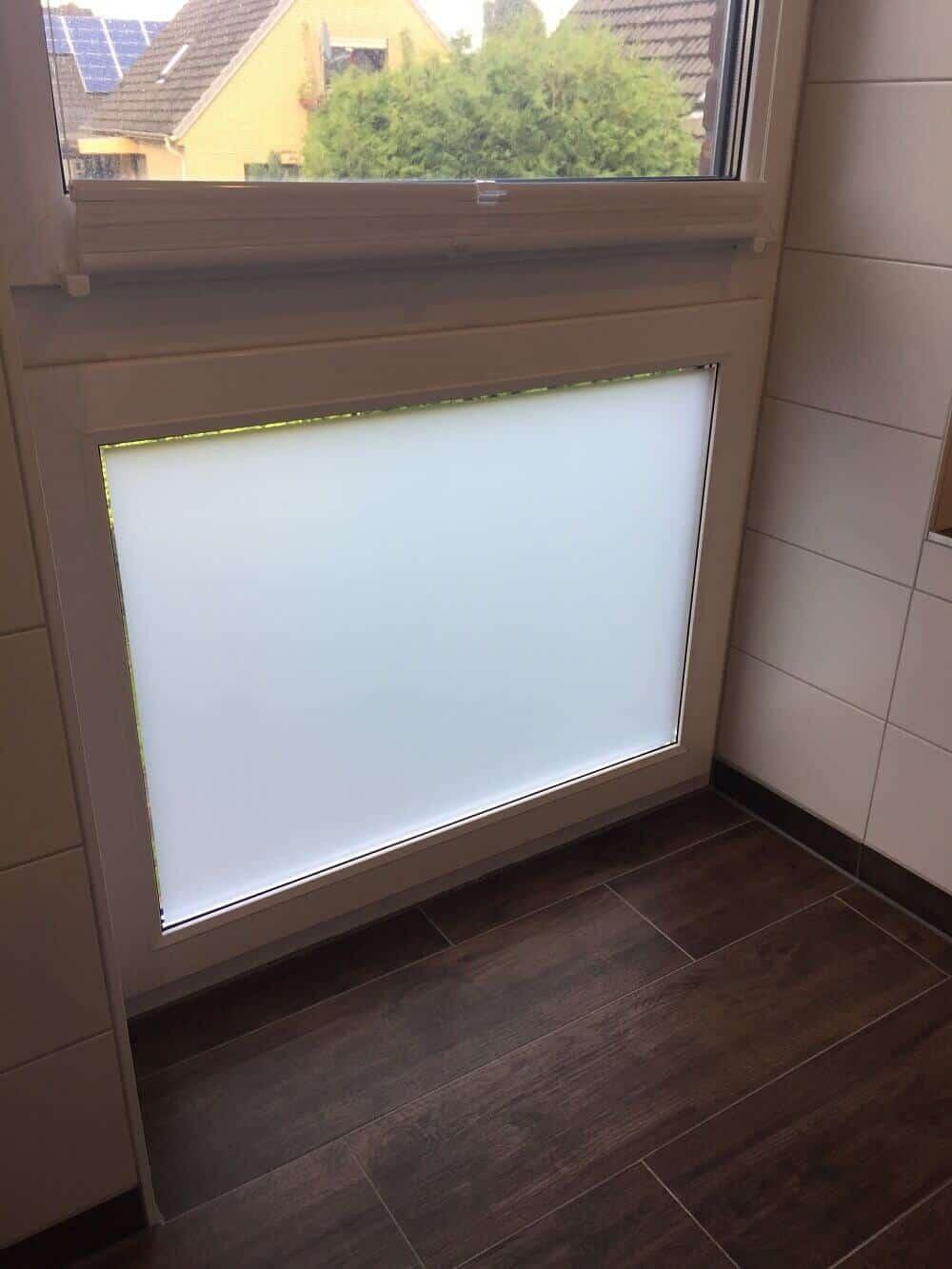 Fenster Mit Milchglasfolie Im Bad