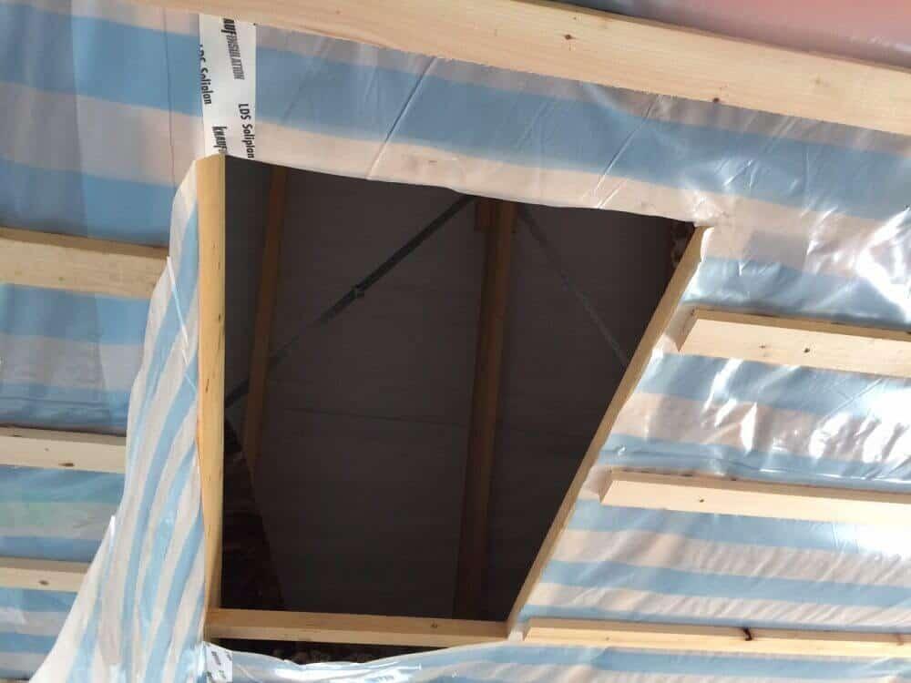 Dachluke zum isolierten Dachboden