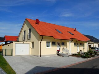 klassisches zweifamilienhaus
