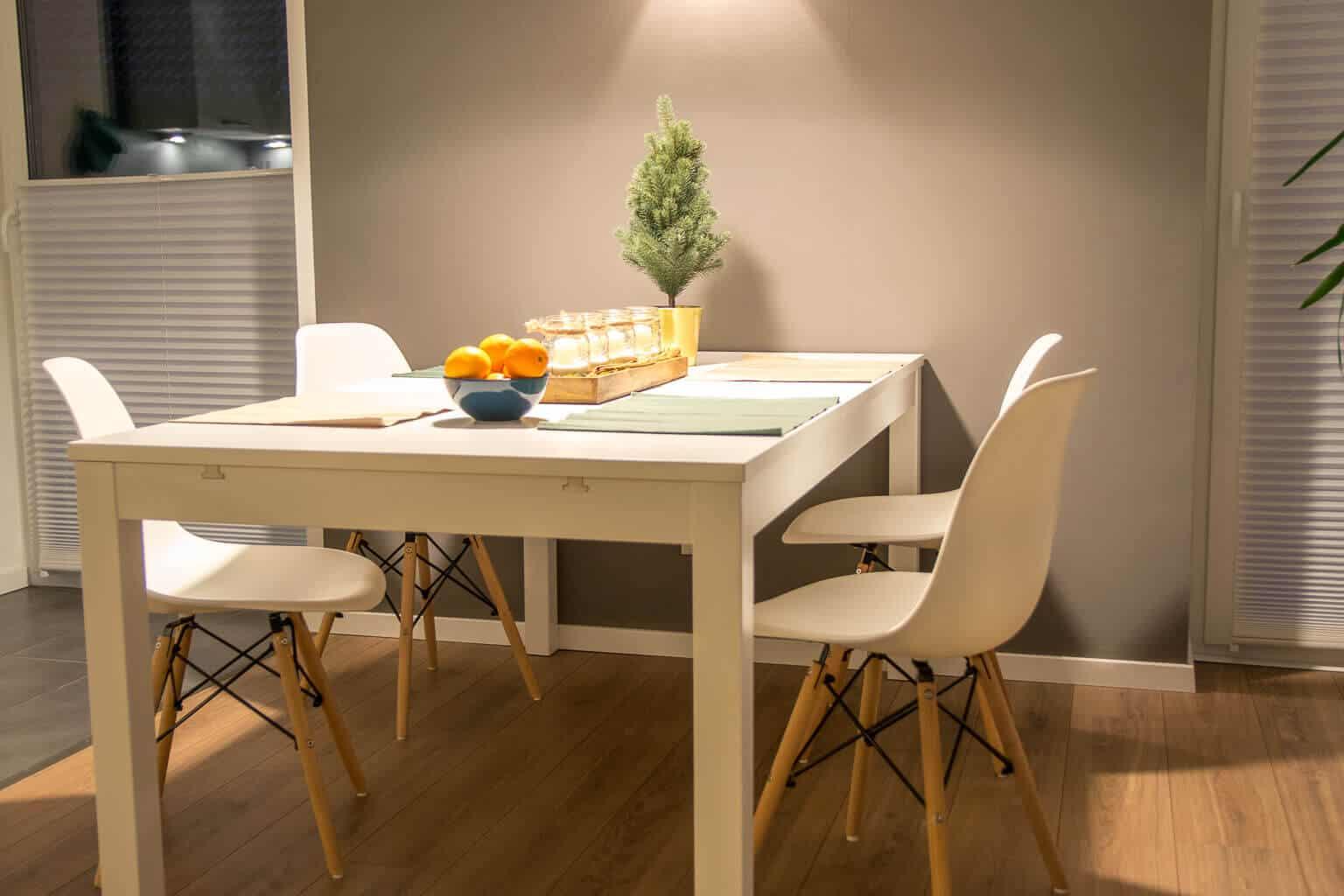Esszimmerstühle im skandinavischen Stil passen super in unser Wohnzimmer und sind sau bequem