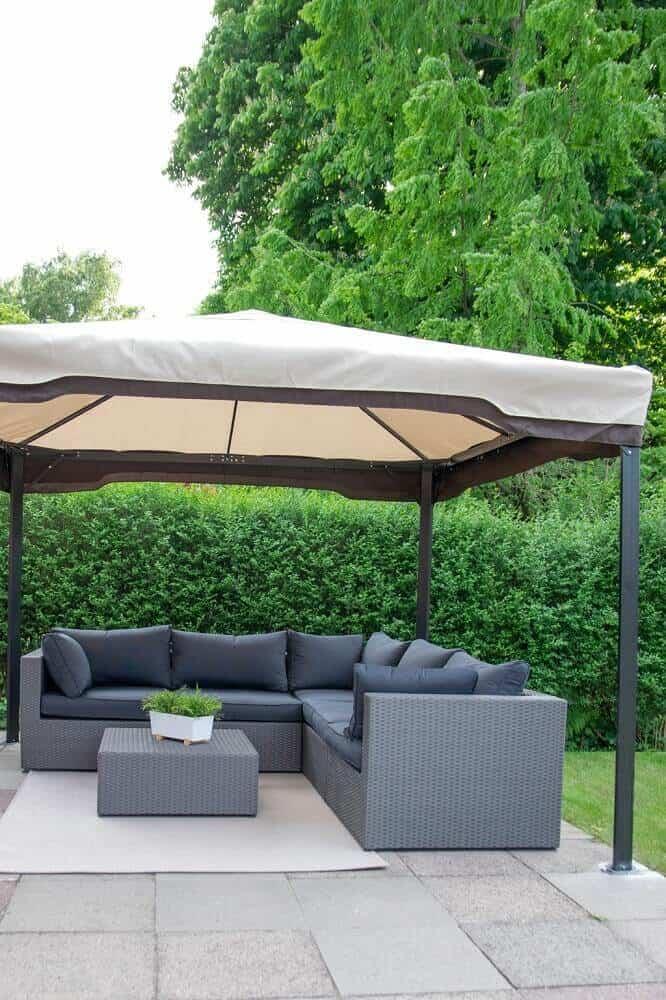 Unsere Terrassenmöbel Outdoor Lounge mit Pavillon für den Sommer