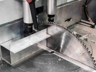 aluminium schneiden am besten mit der handkreissäge mit führung