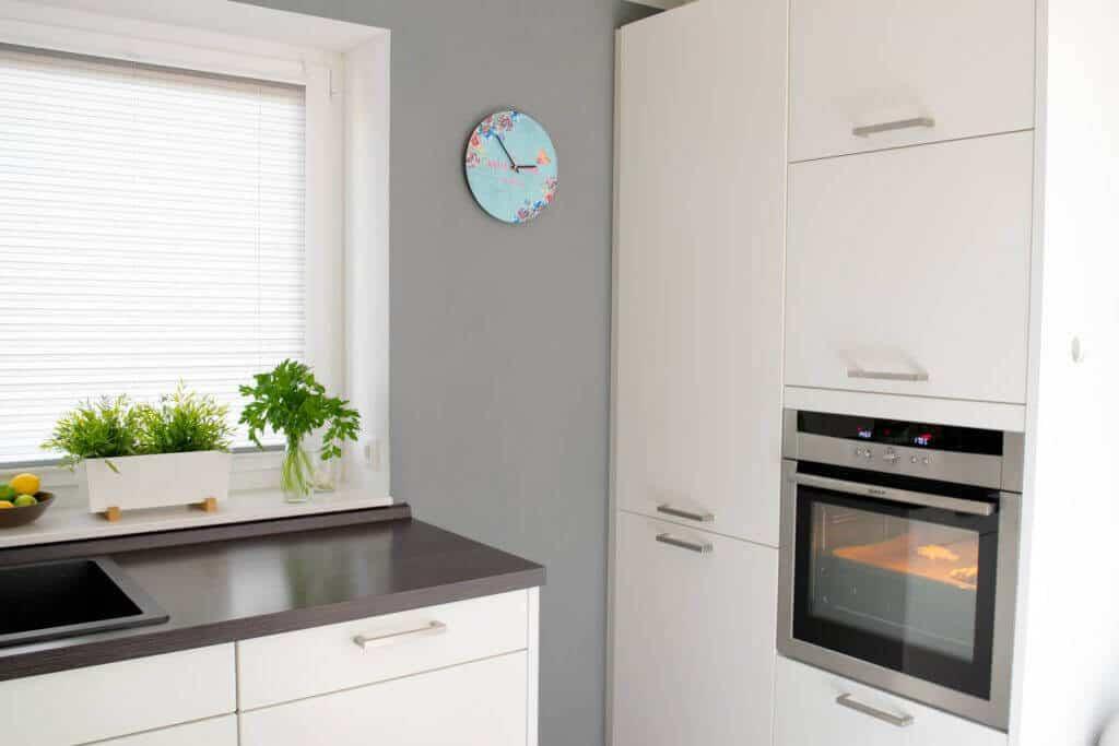 Küchen clever planen - Backofen auf angenehmer Höhe