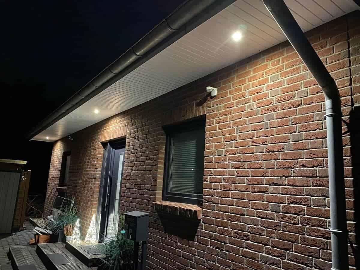 Außenbeleuchtung am Haus - Wir haben uns vor dem Haus für einen Bewegungsmelder mit LED Leuchten entschieden