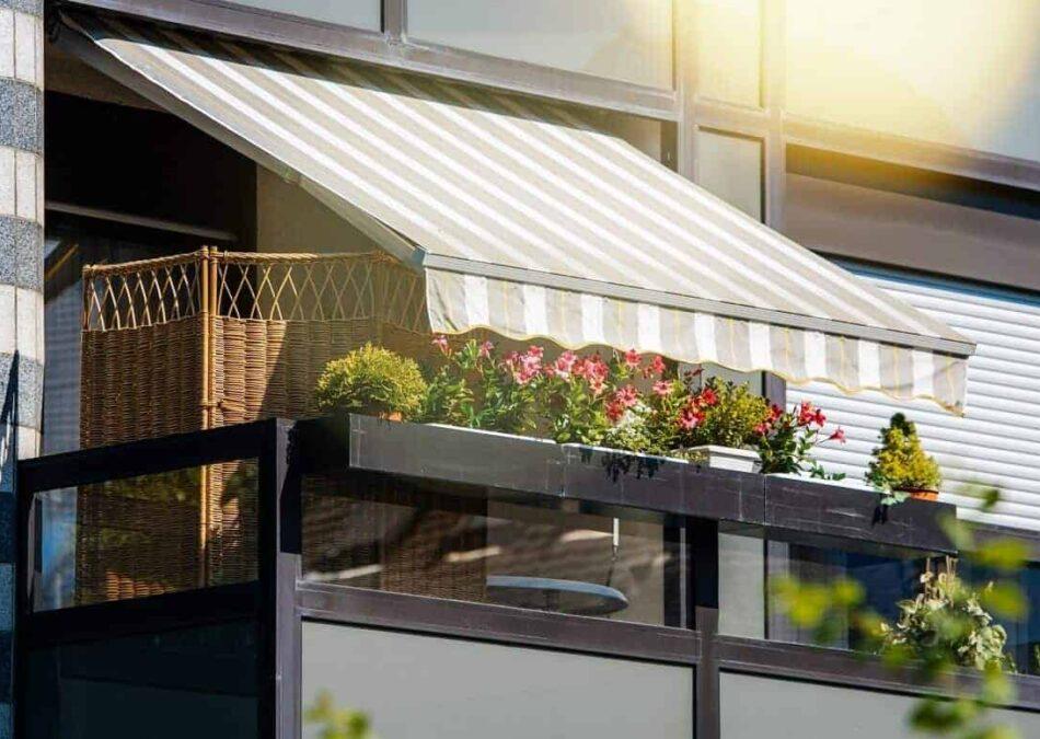 markisen und andere äußerlich anbringbaren systeme können beim hausbau bereits ein bestandteil des architektonischen konzepts sein