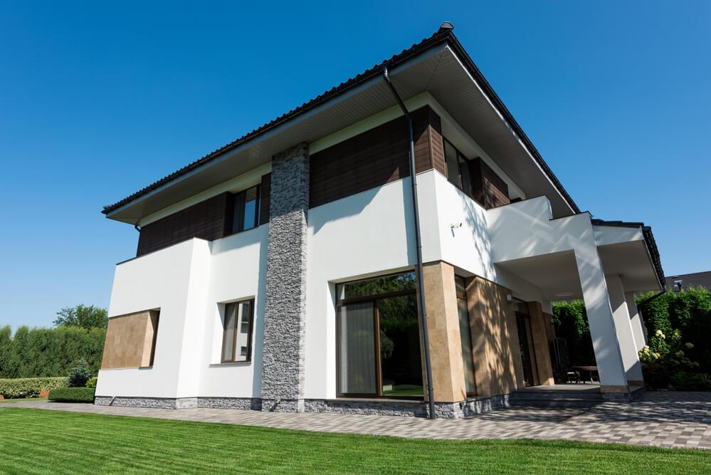 Eine Stadtvilla kann durch ganz unterschiedliche Baustile sehr individuell gestaltet und erbaut werden