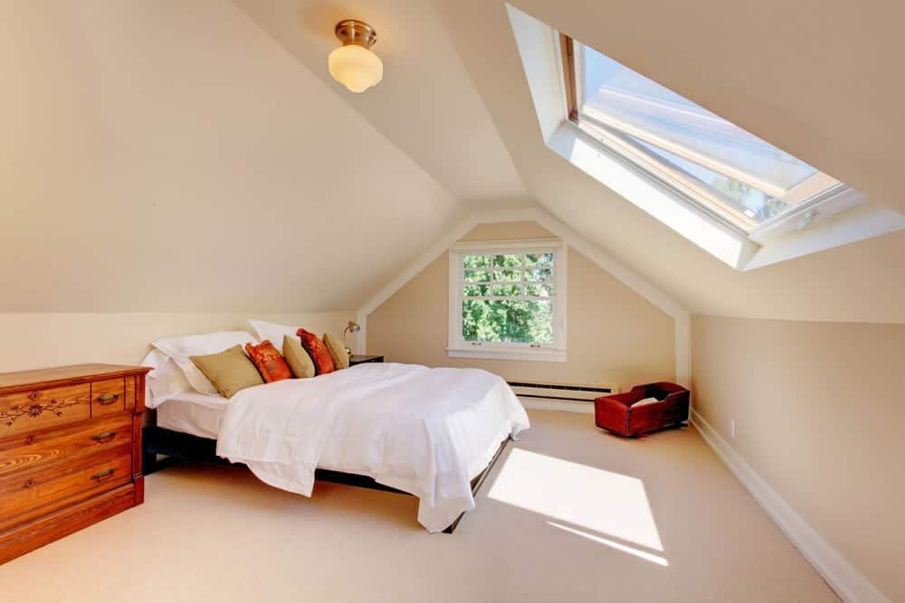wer den platz hat und seinen dachboden ausbauen moechte kann hier beispielweise sehr gut ein schlafzimmer unterbringen