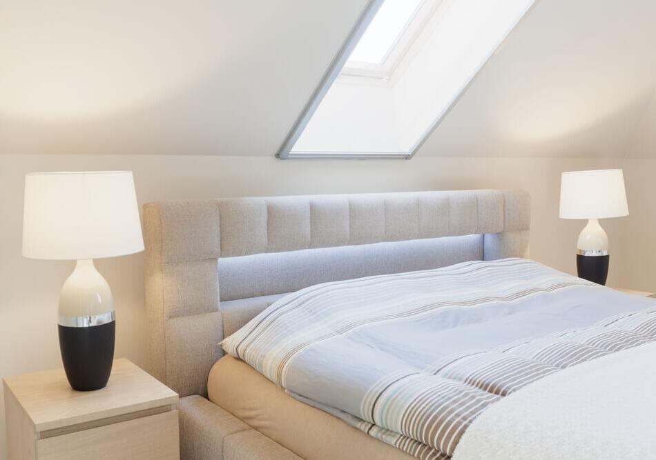 Boxspringbett für Dachschrägen - Nicht immer hat man so viel Platz wie in diesem Beispiel