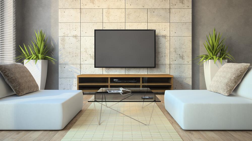 Eine Steinwand kann ein tolles Highlight im Wohnzimmer sein