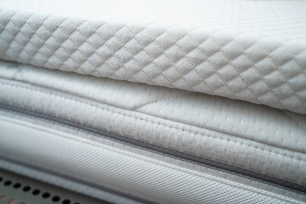 Ein Matratzen Topper sorgt für einen erhöhten Liegekomfort und ein verbessertes Schlafklima