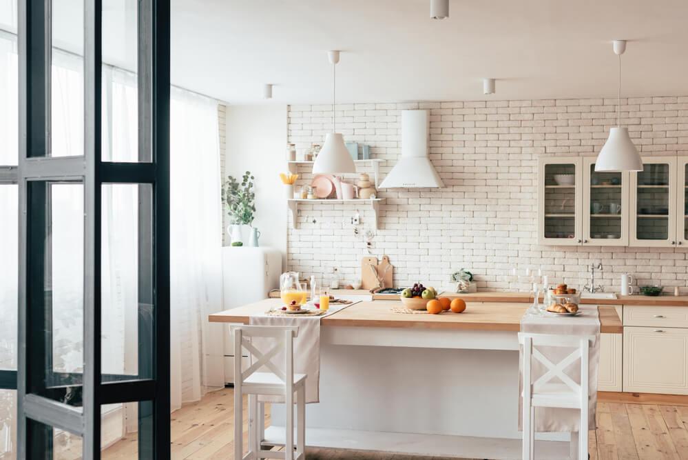 Holztische passen in viele verschiedene Küchenstile